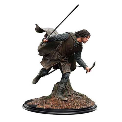 The Lord of the Rings Aragon at Amon Hen 1:6 Scale Statue