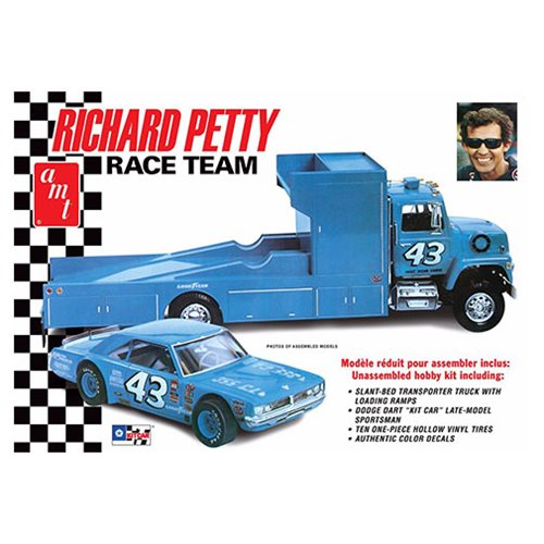 Richard Petty Race Team Dodge Dart Sportsman and LN8000 Hauler Truck Model Kit